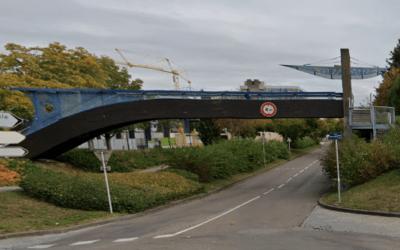 Fermeture de la passerelle avenue Mitterrand